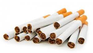 تجار يمتنعون عن بيع السجائر بمادبا لارتفاع اسعارها