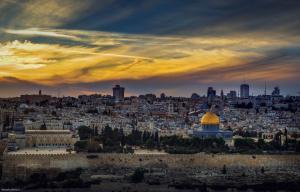 الإتحاد الأوروبي : ندعم جهود الملك بشأن القدس
