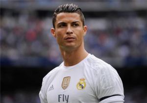رونالدو يطلب الرحيل عن ريال مدريد