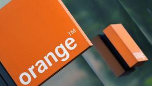 Orange تخصص 23 منحة دراسية لأبناء موظفيها