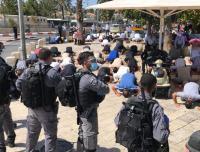 صلوات في شوارع القدس