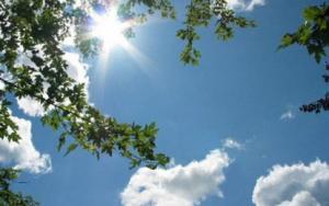 الاثنين ..  اجواء حارة نسبياً وطقس ربيعي دافئ