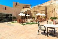 فندق بيت الضيافة البتراء يحصل على شهادة الآيزو 22000
