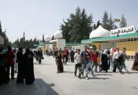 طلبة الدكتوراة في الأردنية يلوحون بالتصعيد