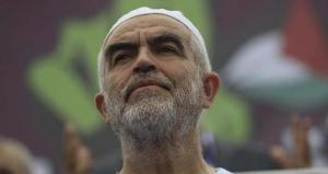 الاحتلال يمدد اعتقال الشيخ رائد صلاح للمرة الثالثة