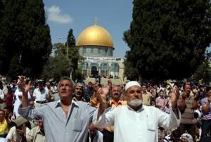 المرجعيات الدينية في القدس تدعو للدخول والصلاة في الأقصى