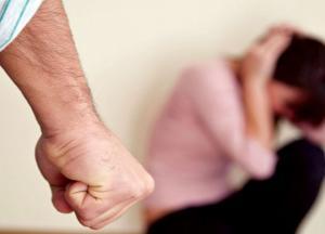 دعوة لزيادة قاضيات العنف الأسري