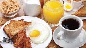 5 أسباب ستجعلك تواظب على وجبة الإفطار