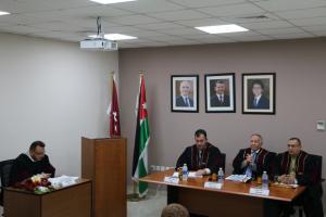 """ممارسة القادة الأكاديميين في الجامعات الأردنية للحوكمة رسالة ماجستير في """" الشرق الأوسط"""""""