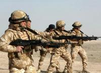 100 جندي بريطاني الى الخليج