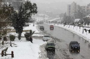 """الأرصاد : الثلوج ستتساقط فجر الجمعة فوق الـ""""900 """" متر"""