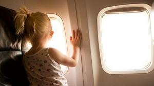 ما سبب عدم محاذاة الكثير من نوافذ الطائرة للمقاعد؟