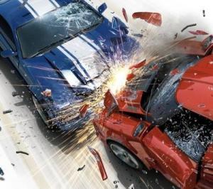 اصابة 11 شخصاً بتصادم مركبتين في معان