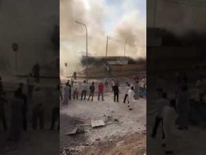 حريق كبير بسوق شعبي في العقبة (فيديو)
