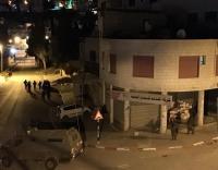 إصابات خلال مواجهات مع الإحتلال قرب قبر يوسف