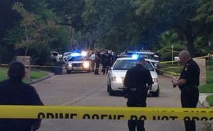العثور على 8 قتلى و28 جريحا داخل شاحنة بولاية تكساس