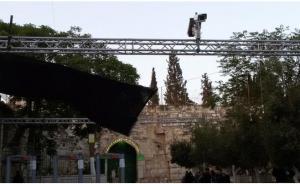 الاحتلال ينصب كاميرات حساسة على بوابات الأقصى