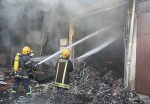 اصابة 6 أشخاص بحريق منزل في الهاشمي الشمالي