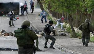 إصابات خلال مواجهات مع الاحتلال بالقدس