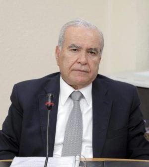 وزير التربية يوعز بقبول استقالات المعلمين المضربين