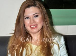 رانيا فريد شوقي تحتفل بعيد ميلاد زوجها (شاهد)
