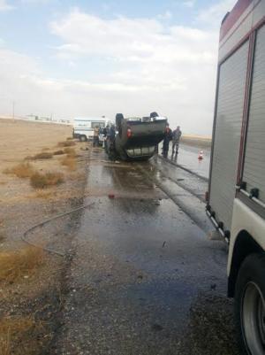 """اصابتان بانقلاب شاحنتين على طريق """" جرف الدراويش"""""""