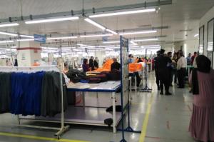 لجنة تحقيق لتقييم أوضاع مصنع ألبسة الزمالية