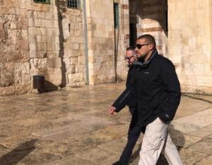 اعتقال أحد حراس الأقصى المبارك (صور)