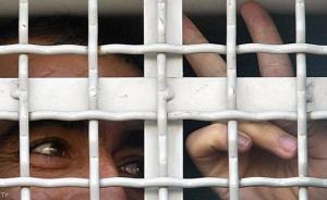 أسرى جدد ينضمون للإضراب في المعتقلات الصهيونية