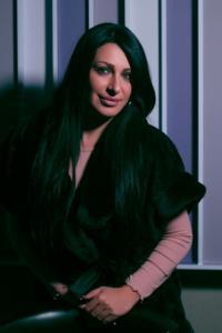 فنانة عربية توجه رسالة للأردنيين