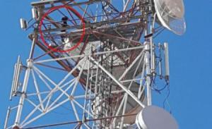 اربد: شاب يهدد بالانتحار من برج اتصالات