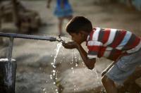 الاحتلال يقطع المياه عن 12 قرية في الخليل