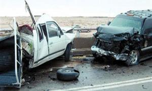 اصابة 5 اشخاص بتصادم مركبتين في السلط