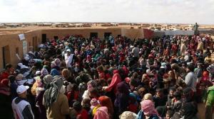 مركز مؤقت في سوريا لإيواء النازحين من مخيم الركبان