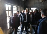 الرزاز يتفقد مدرسة تعرضت لحريق في الرمثا