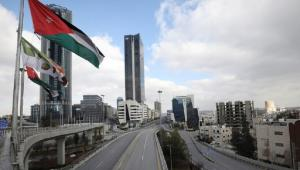 أكثر من نصف الأردنيين يعارضون الحظر الشامل