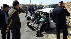 وفاة واصابتان بتصادم مركبتين في الطفيلة (صور)