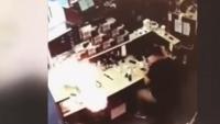 """لعنة الانفجارات تلاحق هواتف """"آيفون"""" (فيديو)"""