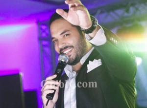 """رامي عياش يستعرض مهاراته في الـ""""بوكسينج"""" (فيديو)"""