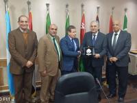"""رئيس مجلس أمناء """"الزرقاء"""" يزور أكاديمية العلوم والتكنولوجيا والنقل البحري في مصر"""