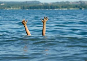 وفاة عشرينية غرقا بالبحر الميت
