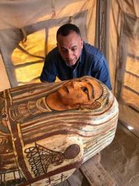 مصر تعلن اكتشاف 14 تابوتا أثريا (صور)