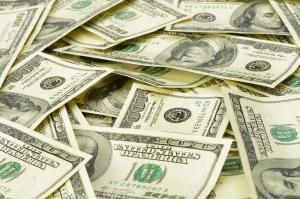 300 مليون دولار من الإمارات للأردن