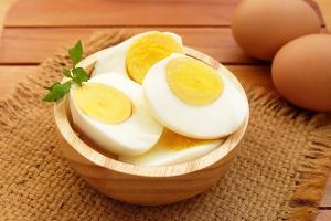 ماذا تفعل بيضة واحدة بمستوى السكر في الدم؟