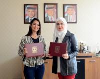 تجديد اتفاقية التعاون بين عمان الأهلية ومركز ديزاين زون