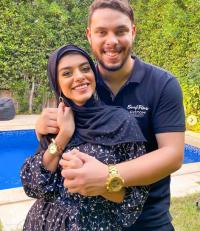 أول ظهور لليوتيوبر أحمد و زينب بعد إخلاء سبيلهما (صورة)