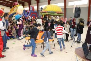 اليوم العالمي  للطفل في جامعة الشرق الأوسط (صور)