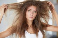 علاجات منزلية لجفاف الشعر