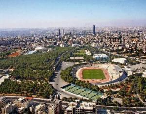 اخماد حريق في مدينة الحسين الرياضية