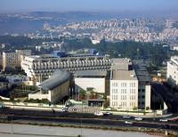 سفراء صهاينة يطالبون بإغلاق ممثلياتهم في العالم